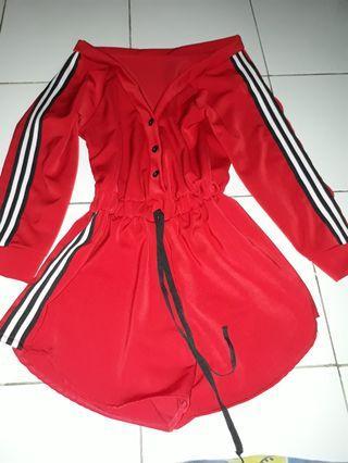 Jumpsuit Pendek Wanita Merah