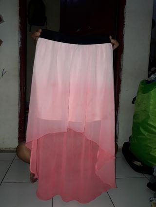 Rok Pink Buntut Panjang