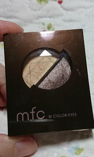 🚚 日本開架品牌 mfc 雙色眼影盤 BR-1