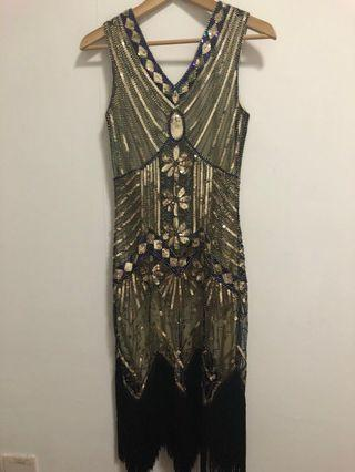 🚚 Brand new sequin dress!! Sewn beads and glitter!! Perfect for dinner and events!! Good for size S-M