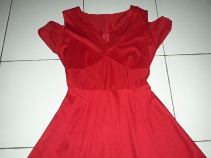 Dress Merah Gaun Pesta