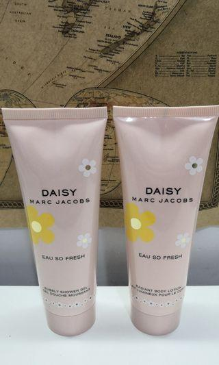 Marc Jacobs eau so fresh body shower gel and lotion