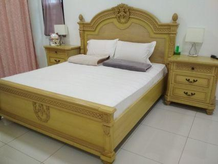 Davinci Bedframe Super King with Bedside cabinet