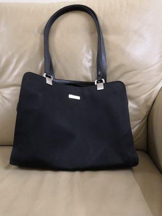 Liz Clairborne Vintage Black Bag #JuneToGo