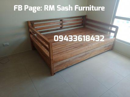 Mahogany Daybed with pullout 48/48 x 75