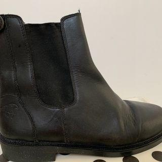Horse Riding boots , women , black leather