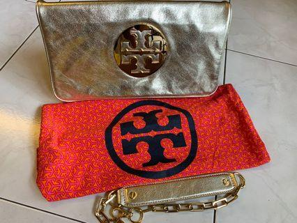 🚚 Authentic Tory Burch Clutch 2 way (Gold)