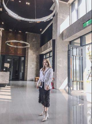 🚚 Lulus韓製立體羽毛裙
