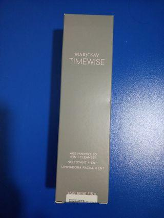 Mary Kay Timewise- age minimize 3D 4-in-1 cleanser