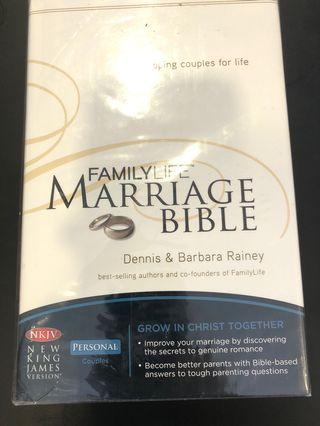 🚚 Wrapped family life marriage bible