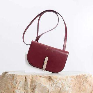 🚚 Brand New in Box - Maroon Cowhide Leather Clutch Wallet Sling Bag Purse Womens