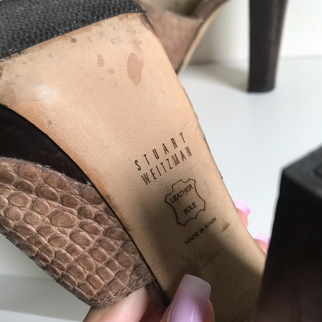 $260  Stuart Weitzman Women's Brown Croc-embossed Leather Mule Sandals size 36 / 6