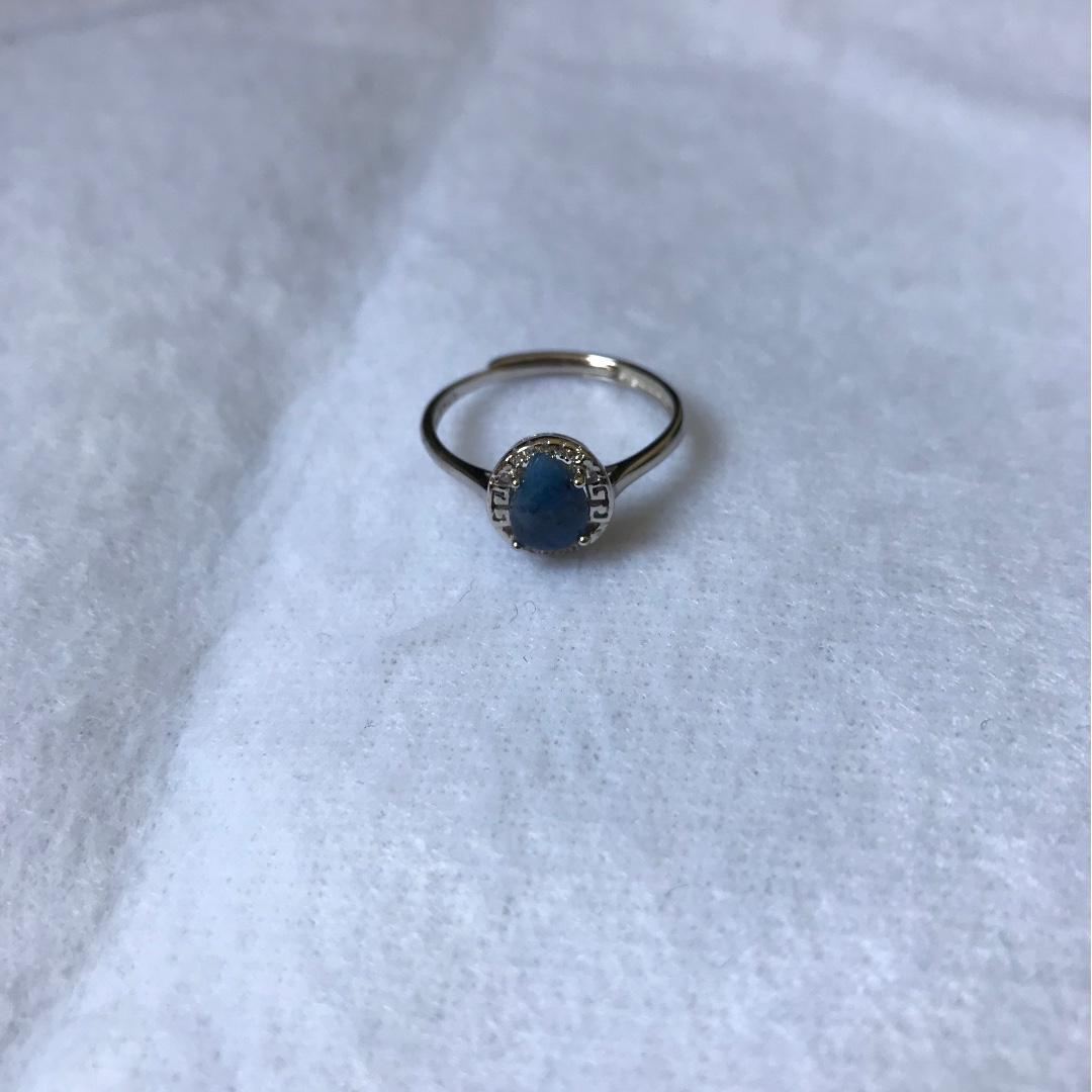 天然舒俱倈純銀戒指(少有顏色)(特價)