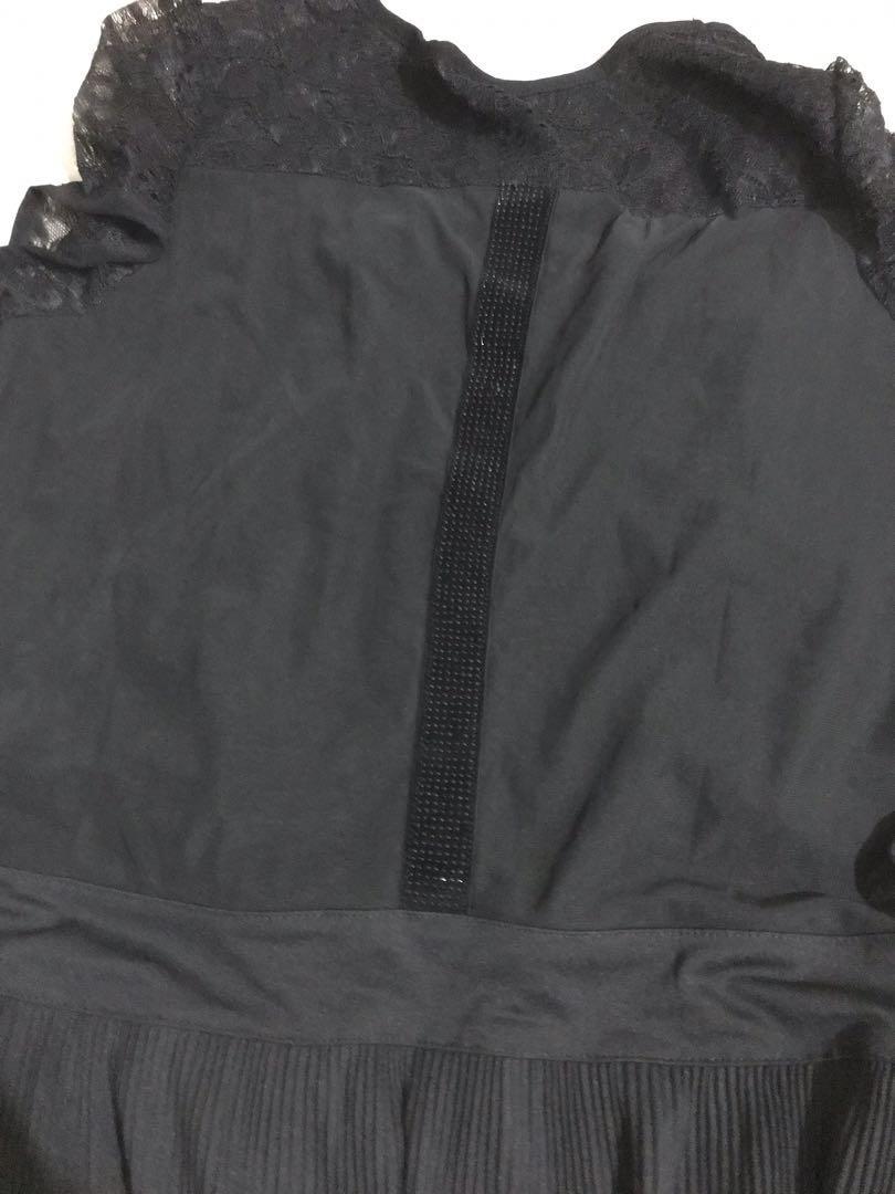 Atasan hitam Kaos Wanita