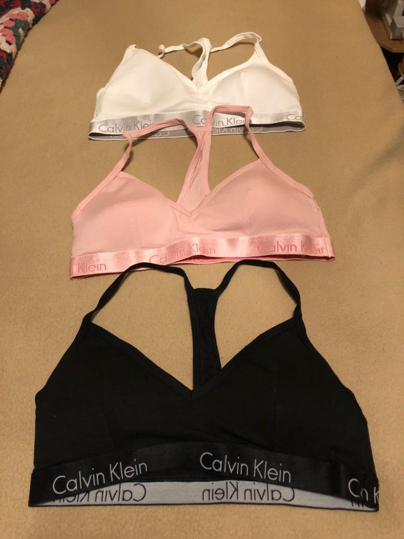 PRICE DROP Calvin Klein Motive Triangle Bralette Medium