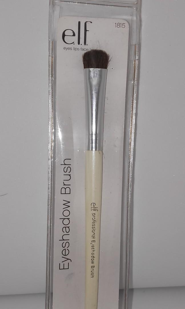 Elf Essential Eyeshadow Brush Health