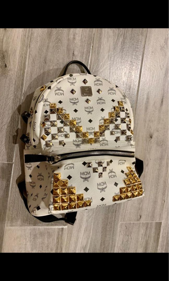 Mcm limited size M