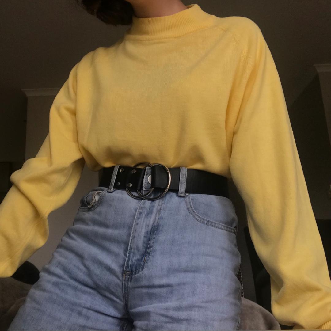 Pastel Yellow Mockneck Jumper