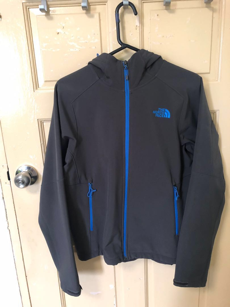 f840a8519 SALE! THE NORTH FACE APEX BIONIC HOODIE