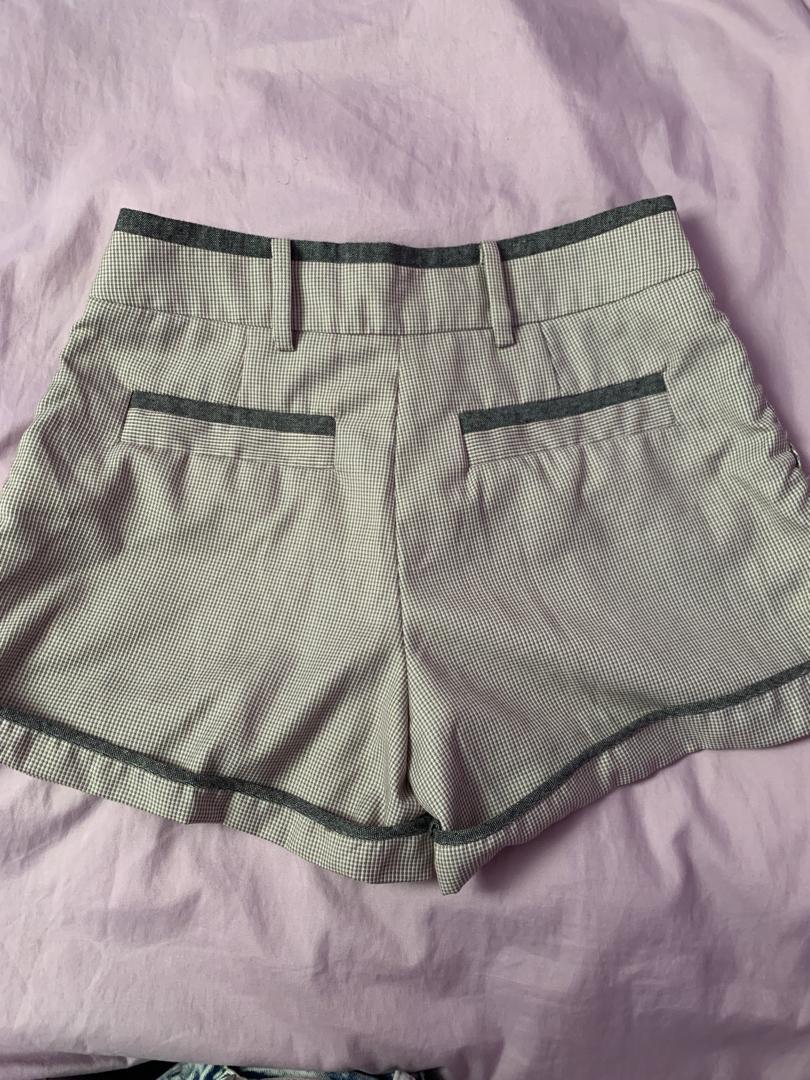 vintage high-waisted grey checkered shorts