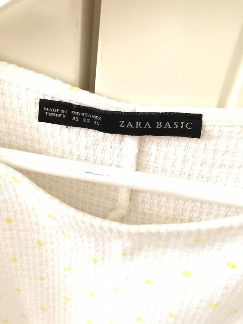 ZARA LOOSE CROP TOP