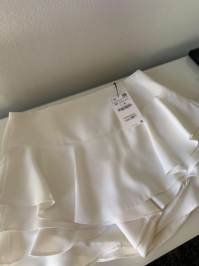 Zara women white shorts