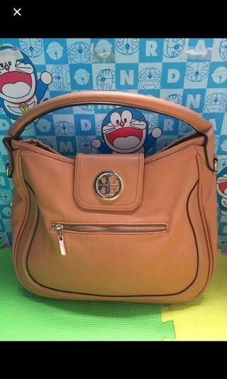Tory burch hand bag large