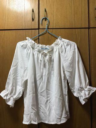白色仿雪紡(可露肩)女裝上衣