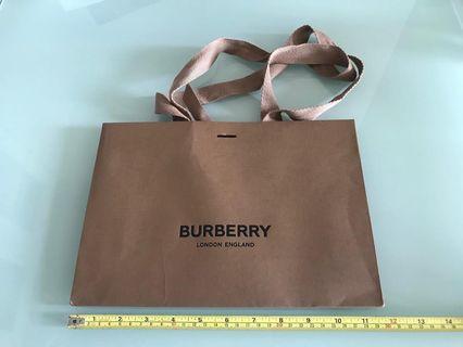 Burberry 紙袋 paper bag