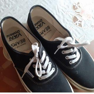 vans authentic x beams rarely used