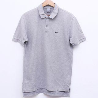 Size L NIKE Shirt in Grey Pit 21