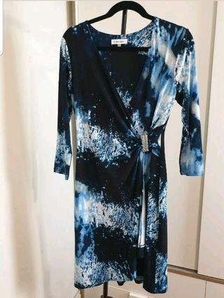 Calvin Klein wrap dress size S black/blue print