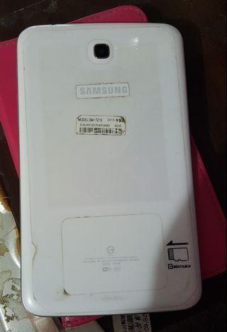Samsung平版(可看影片但會卡卡的)