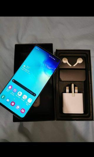Samsung s10 like new still in warranty
