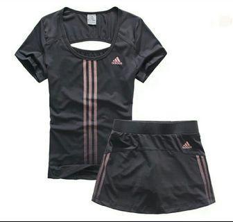 Adidas 3 色速乾修身運動套裝短裙褲防走光