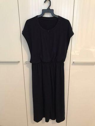 🚚 Nursing black dress with camisole tops from Japan