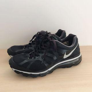 NIKE running shoes size US 8 UK 7