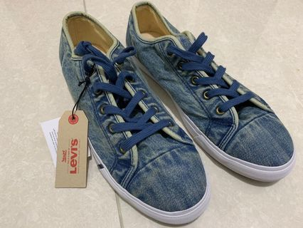 Levis Jeans Sneakers