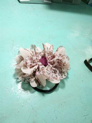 🚚 🌹 碎花布髮圈 🌱 紫玫瑰*粉紅花瓣*少女花苞頭
