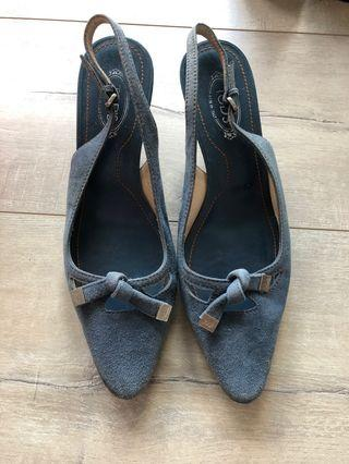 Tod's shoe size 35