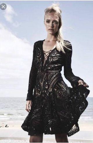 Thurley Astrology dress