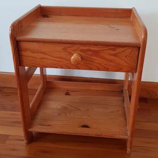 2 pine-wood nightstand with 1 drawer