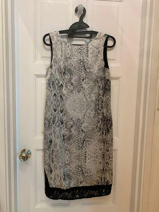 Dressing Paula midi shift dress