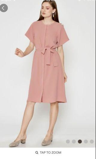 🚚 Carter dress with sash in pink