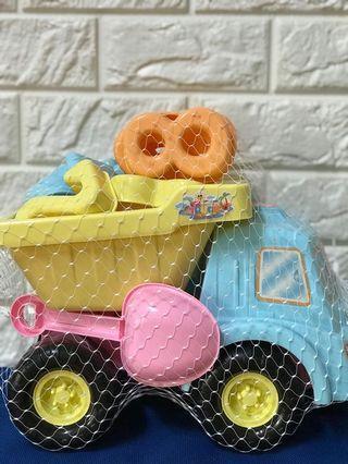 🚚 挖沙玩具車