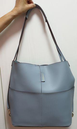 🚚 Hush puppies handbag