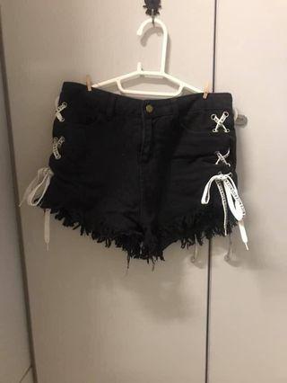 高腰黑色綁帶刷破牛仔褲