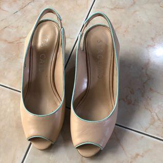 heels nude
