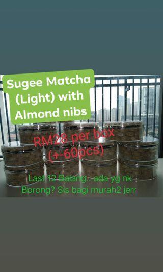 Sugee with Almond Nibs - Light Matcha Flava