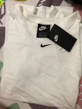Nike tee 鬆身